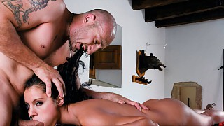 Lucy Belle Shaved Pussy Pounded Hard by Big Fat Dick before Blow Job