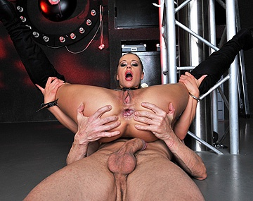 Private HD porn video: Amanda Plays with Her Sub
