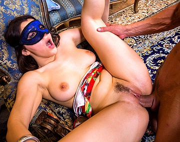 Private HD porn video: Valentina Nappi, démasquée