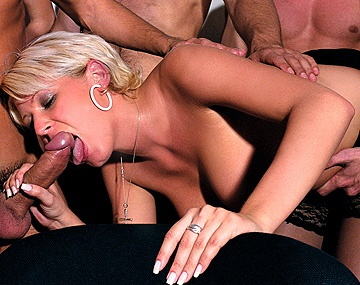 Private  porn video: Angelina Sweet, Carol, Jeny, Lucy Anne en Patricia in een orgie