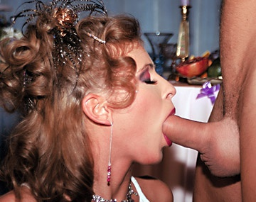 Private  porn video: Champagne Blowjob Party With Tea Blondie